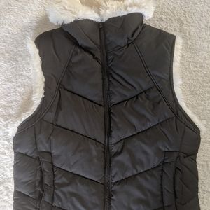 Womens Big Chill puffy vest